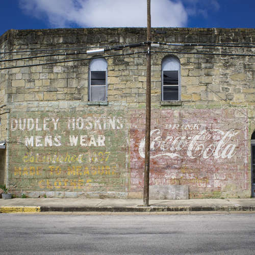 Ghost Signs in Gonzales