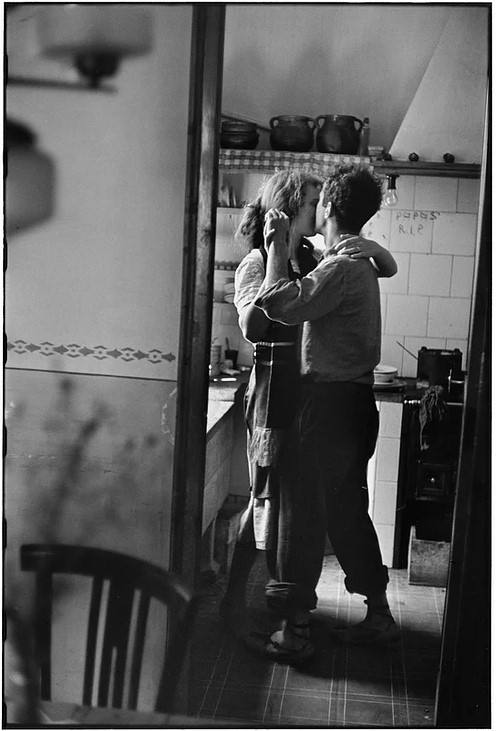 Elliott Erwitt Valencia, Spain (couple dancing)