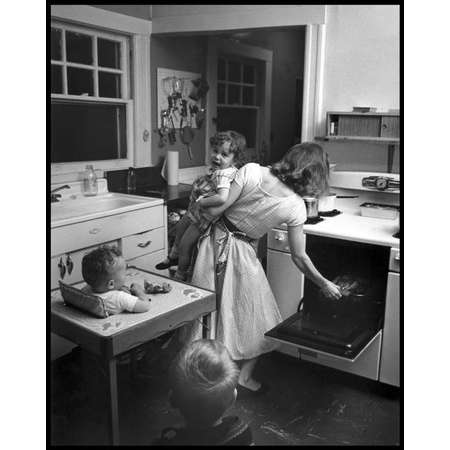 New Rochelle, New York, 1955 (busy mom)