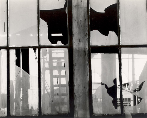 Brett Weston, Storefront, San Francisco (Broken Window)